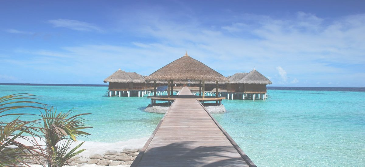 18 Essential Items that you should take on your Honeymoon