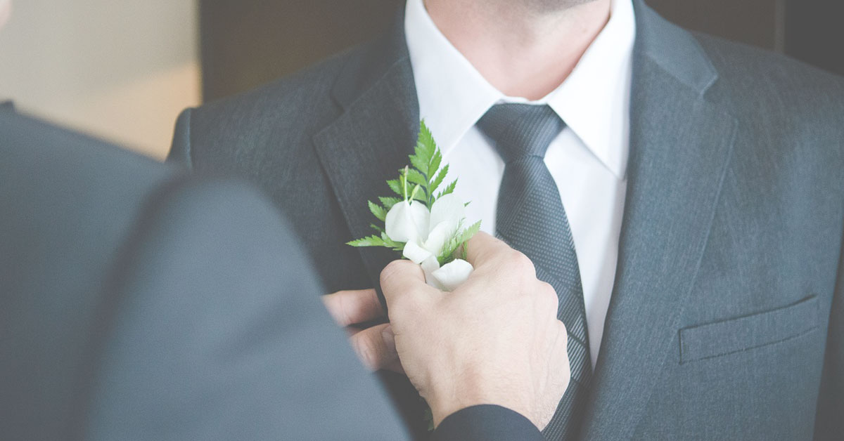 27 Fantastic Gift Ideas for the Groom