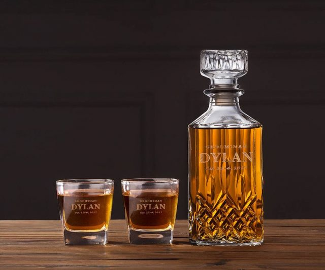 Personalized Whiskey Decanter Set by theKnotThingCo