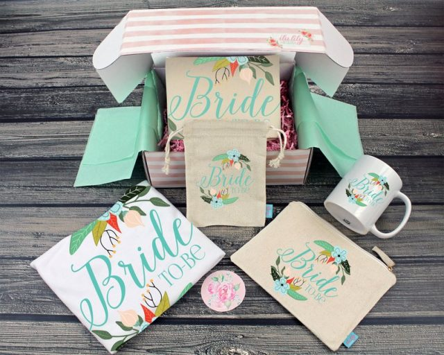 Fancy Bride To Be Gift Box by ilulily