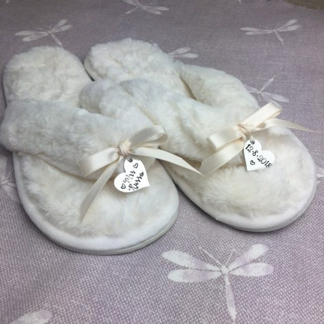 Personalised bride slippers by LittleJennyWrenShop