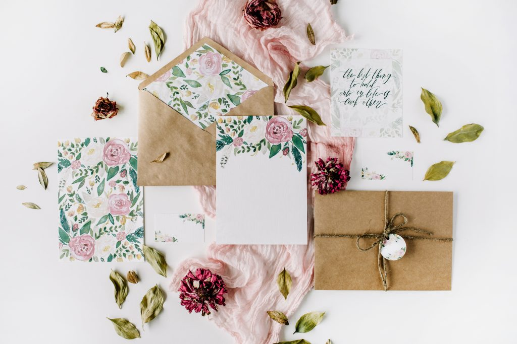 Small but meaningful details - 12 photos you'll regret not taking on your wedding day - The Wedding Club