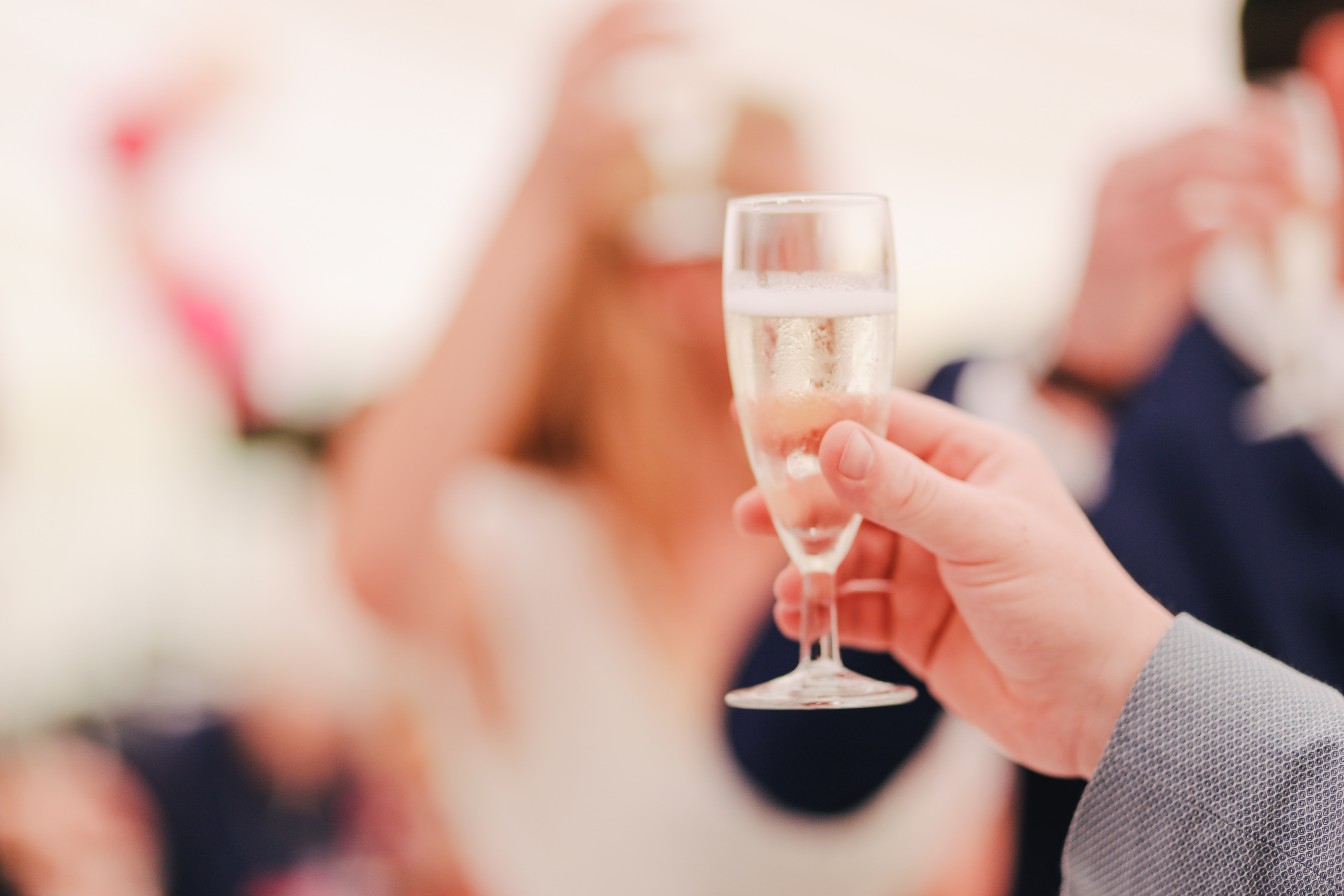 How to keep your Wedding Guests Happy