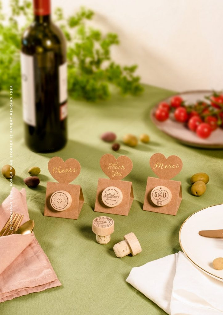 Wedding Favors - Personalized Wine Cork Stopper with Thank You KRAFT Pop-up Stopper Box - Original idea - Free Shipping